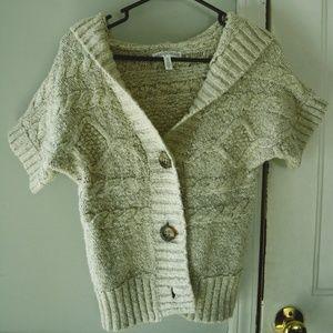 Aeropostal cream sweater